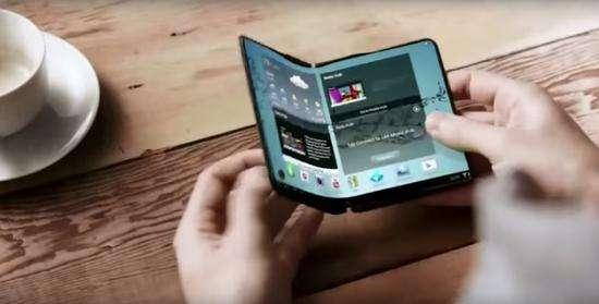 ZTE Axon Multy — складной смартфон, трансформирующийся в 6,8-дюймовый планшет – фото 4