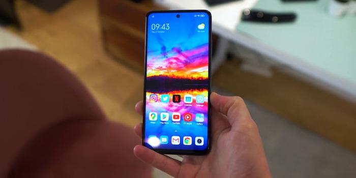 Xiaomi Mi 10T Lite обзор - пришел унижать POCO X3! – фото 11