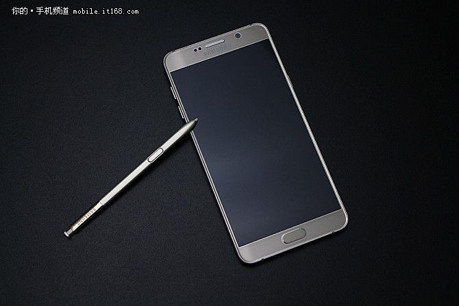 Samsung Galaxy Note 6 может сменить название на Galaxy Note 7 в связи с выходом iPhone 7 – фото 2