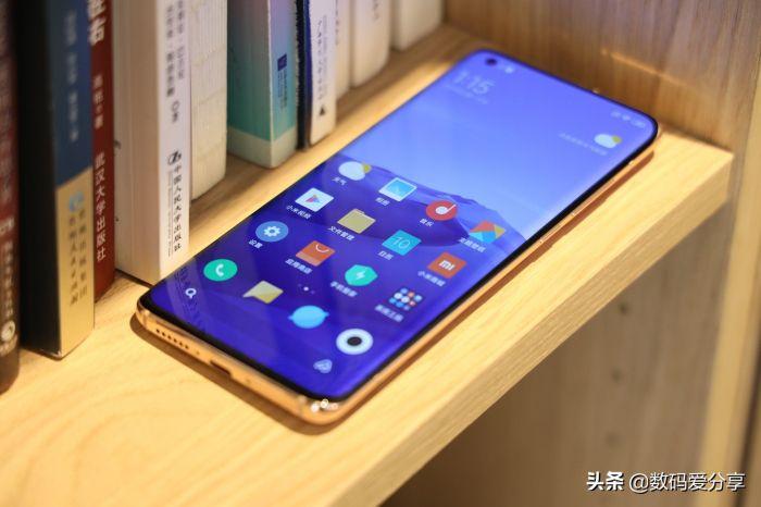 Анонс Xiaomi Mi 10 и Mi 10 Pro: серьезный апгрейд в погоне за Samsung Galaxy S20 – фото 4