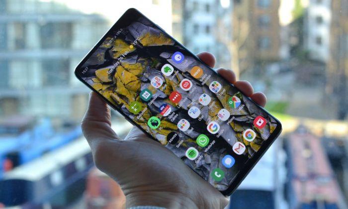 Найден новый способ обмана Face Unlock в Samsung Galaxy S10 – фото 1