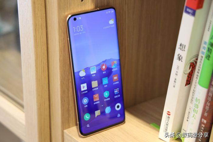 Анонс Xiaomi Mi 10 и Mi 10 Pro: серьезный апгрейд в погоне за Samsung Galaxy S20 – фото 5