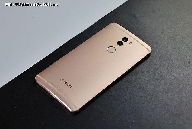 360 Mobile представила смартфоны Q5 на чипе Snapdragon 652 и Q5 Plus на Snapdragon 820 – фото 1