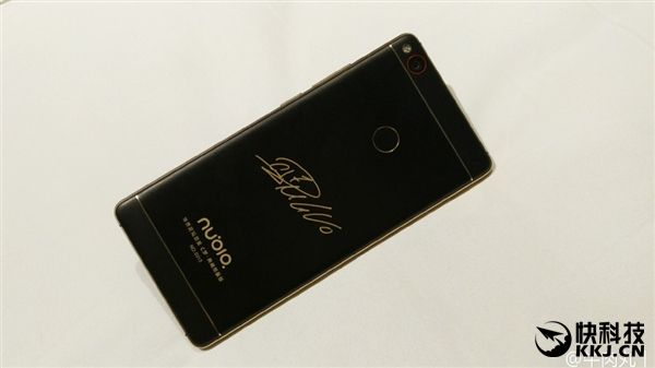 Nubia Z11 получит специальную версию в черном и золотом цвете – фото 2