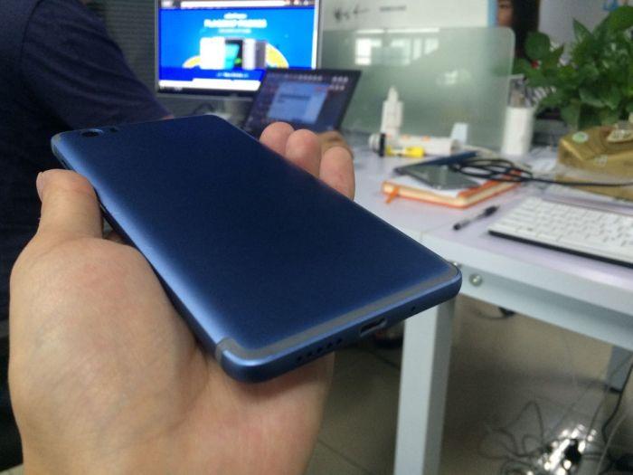 Vernee Mars: дугообразная антенна и синий цвет корпуса, как у iPhone 7 – фото 3