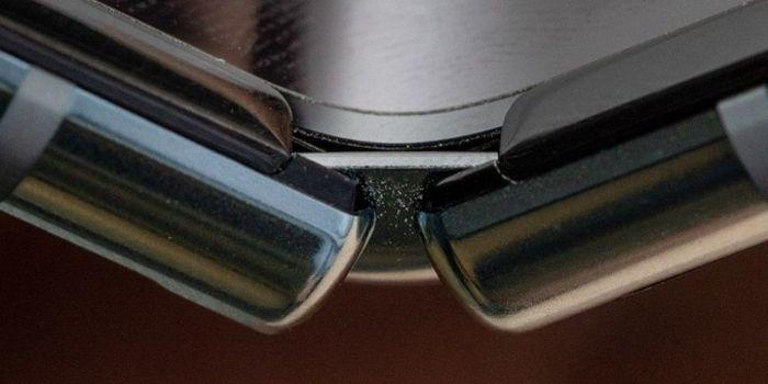 iFixit изучил внутренности Samsung Galaxy Fold и назвал причины его выхода из строя – фото 1