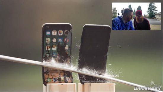 Samsung Galaxy S8 и iPhone X порубили в капусту – фото 5