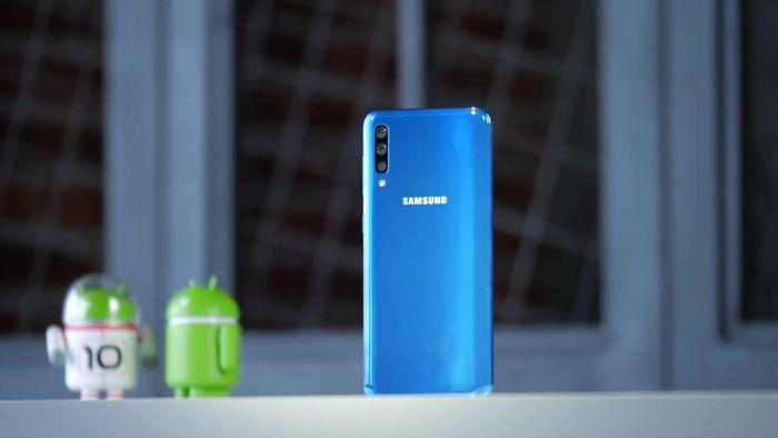 Samsung Galaxy A50 или Xiaomi Mi 9 SE: какой смартфон купить? – фото 4