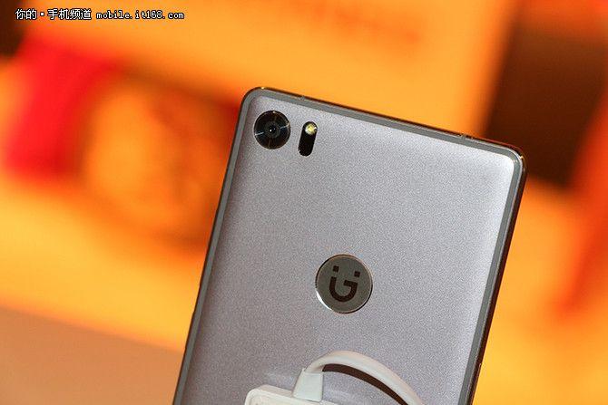 Gionee S8 стоимостью $494 представлен официально – фото 2