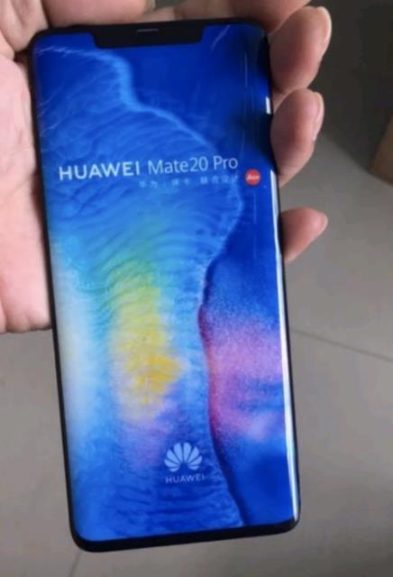 Huawei Mate 20 Pro снова позирует на фотографии – фото 1