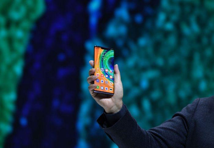 Huawei адаптирует Harmony OS для работы на смартфонах