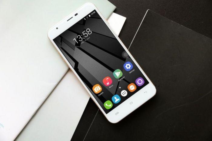 Oukitel U7 Plus со сканером отпечатков пальцев и на базе МТ6737 оценен в $89 – фото 1