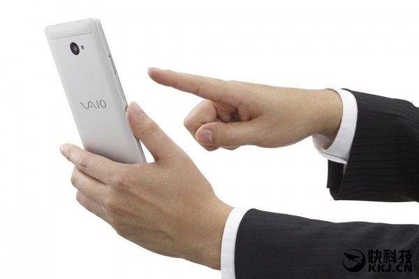 Новый смартфон под брендом VAIO получит Snapdragon 617 и Windows 10 – фото 7
