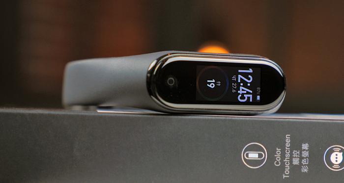 Обзор Xiaomi Mi Band 4 – это лучший гаджет Xiaomi – фото 6