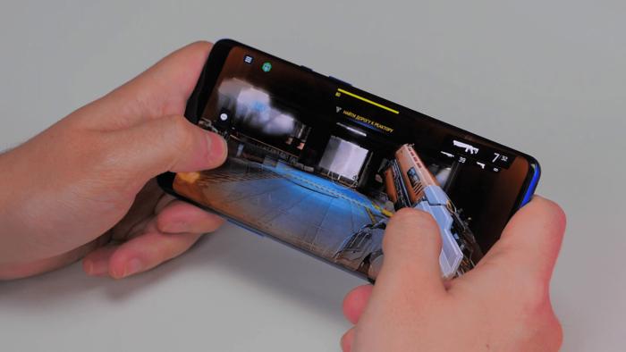 Обзор OnePlus 8 Pro - самый долгожданный смартфон 2020 года – фото 7
