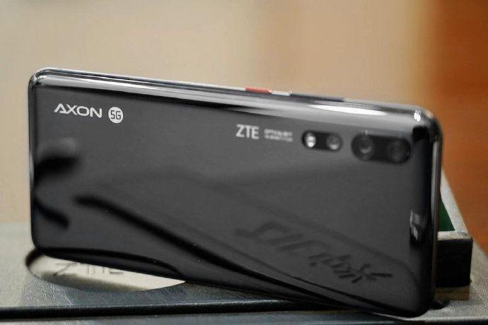 Названы ключевые характеристики ZTE Axon 10s Pro и показали его дизайн