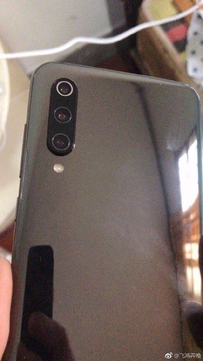 Фото бракованного Xiaomi Mi 9. Снимать при плохом освещении не рекомендуется (обновлено) – фото 6