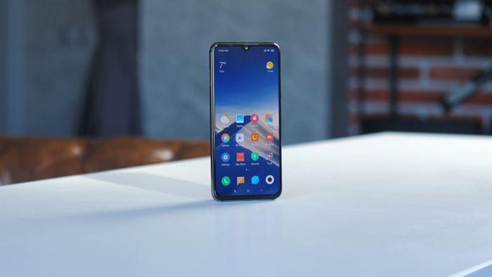 Samsung Galaxy A50 или Xiaomi Mi 9 SE: какой смартфон купить? – фото 8
