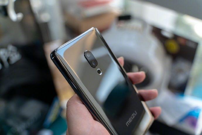 Деньги на Meizu Zero: на Indiegogo начнут сбор средств на смартфон – фото 1