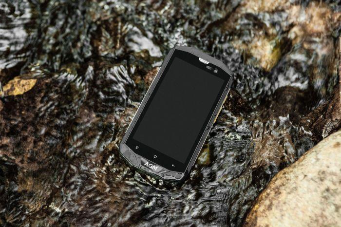 AGM A8 – защищенный смартфон с уровнем защиты IP68 и Android 7.0 Nougat – фото 1
