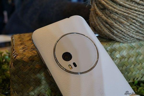 Камерофон ASUS ZenFone Zoom пришел на прилавки магазинов в Китае – фото 3