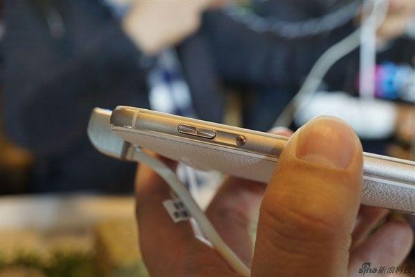 Камерофон ASUS ZenFone Zoom пришел на прилавки магазинов в Китае – фото 6