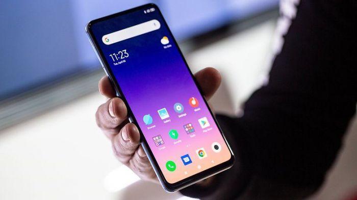 Xiaomi осторожничает с выходом гибкого смартфона – фото 2