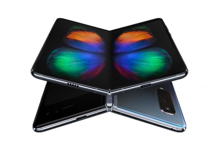 Первый отзыв о Samsung Galaxy Fold – фото 1