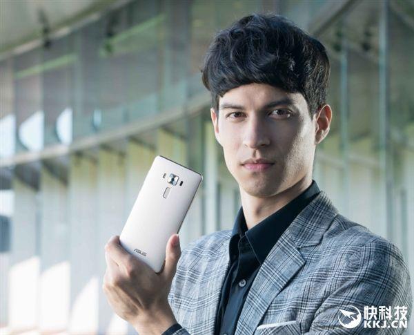 Asus ZenFone 3 Deluxe поступил в продажу на родине производителя – фото 3