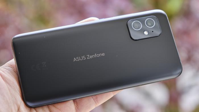 Представлен Asus Zenfone 8: компактный флагман с хорошим звуком по адекватной цене – фото 2