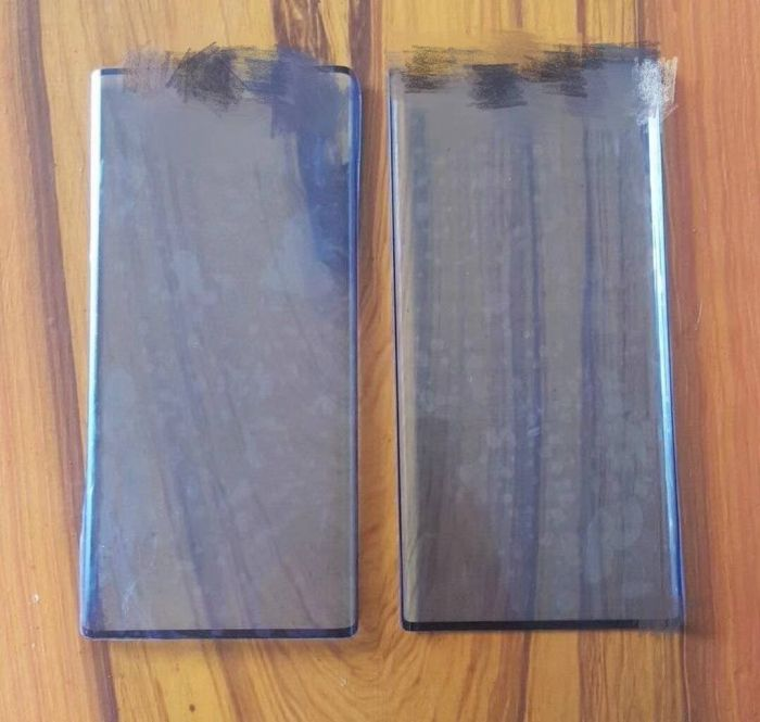 Лицевая панель Huawei Mate 30 засветилась на фото – фото 1
