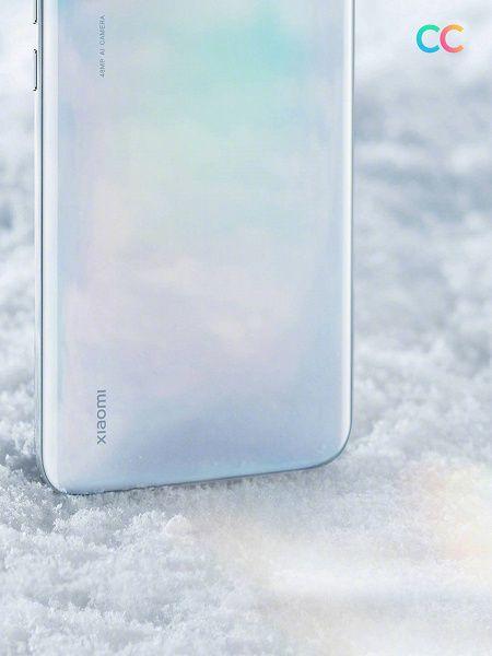 Показали Xiaomi CC9 в эффектной белой расцветке – фото 2