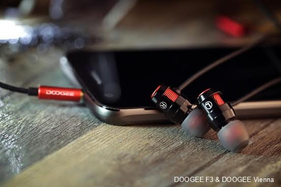 DOOGEE_earphone_-_Vienna_na_andro_news