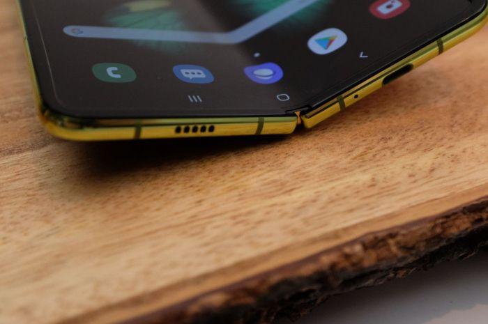 Samsung знает, как исправить недостатки в Galaxy Fold – фото 1