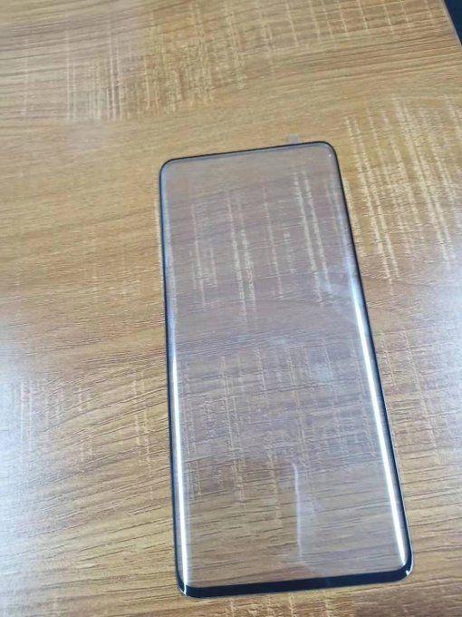Xiaomi Mi Mix 4 показали на видео. Появились фото защитного стекла – фото 1
