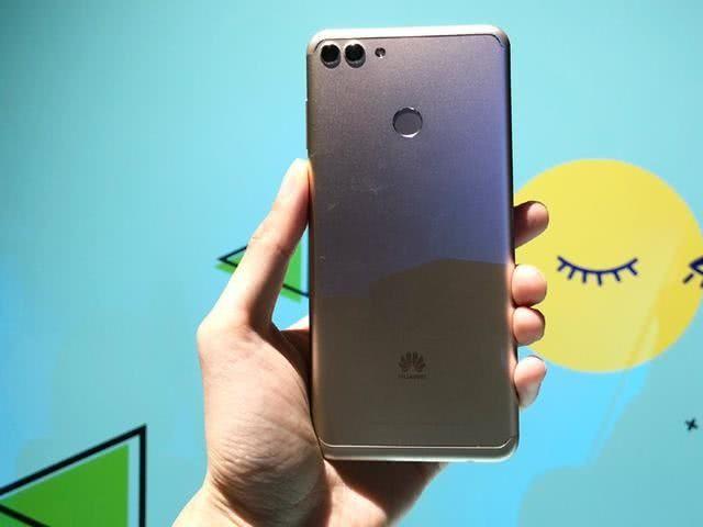 Состоялась премьера Huawei Enjoy 8 Plus и Enjoy 8e – фото 2