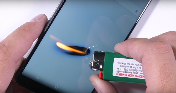 Essential Phone проверили на прочность – фото 3