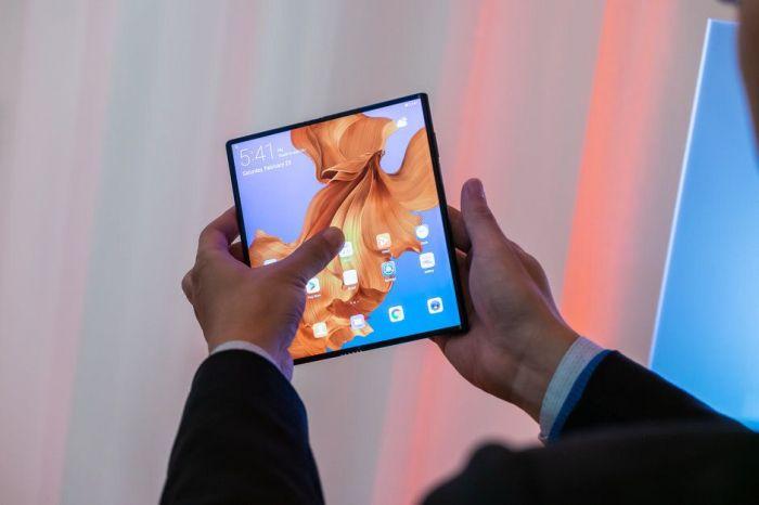 Финальный Huawei Mate X может отличаться от прототипа