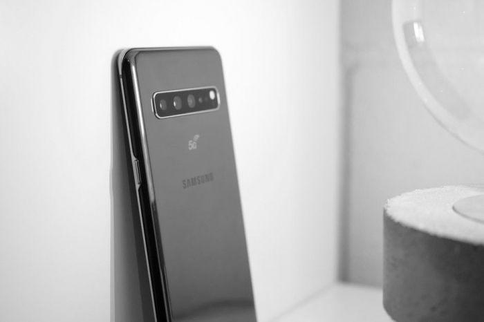Семейство мегафлагманов 2019 года Samsung Galaxy S10 представили – фото 10