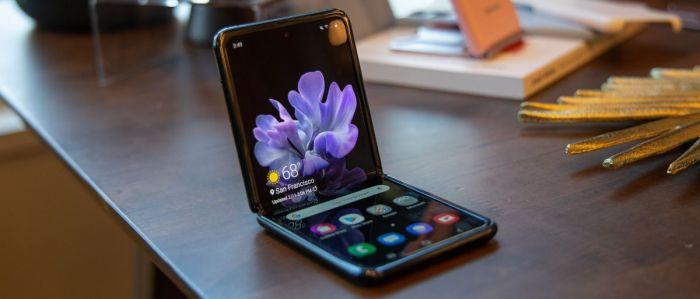 Samsung остановила завод по производству Galaxy Z Flip из-за угрозы массового инфицирования коронавирусом – фото 1