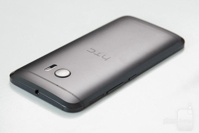 HTC Desire 10 может стать более доступной версией HTC 10 – фото 1