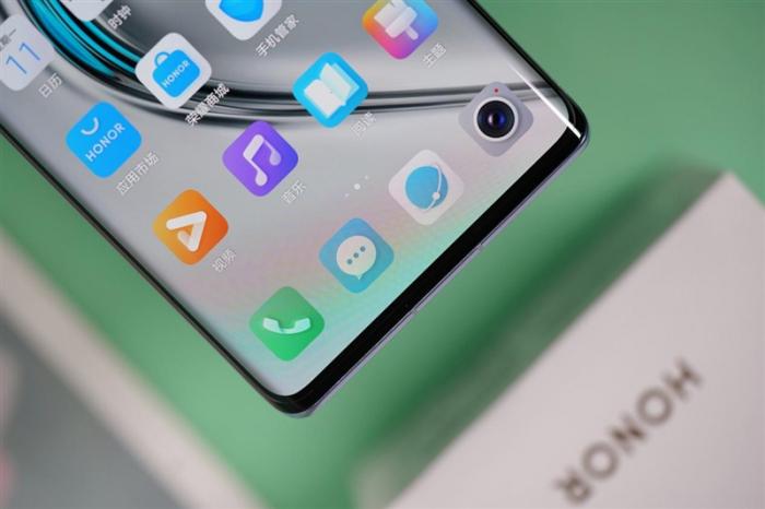 Представлен Honor V40: первый смартфон без Huawei – фото 3
