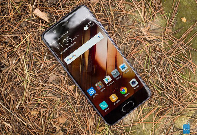 Huawei официально заявила о причинах использования различных по скорости чипов памяти в Huawei P10/P10 Plus – фото 1