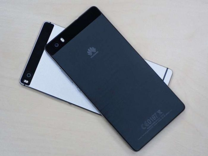 Huawei-P8-predstavlen-4