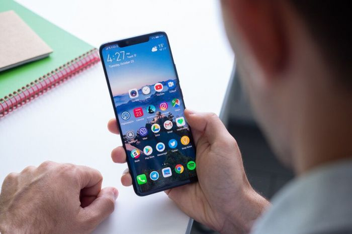 Выпуск смартфонов с HarmonyOS не входит в планы Huawei в этом году