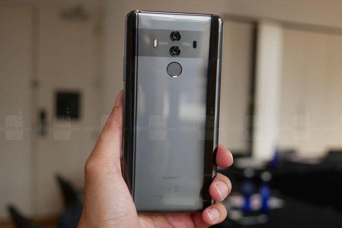 Samsung будет поставлять огромные OLED-дисплеи для Huawei Mate 20 – фото 1