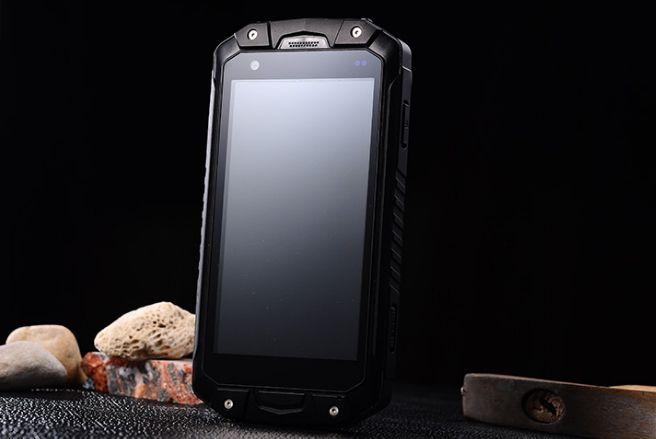 Lemhoow V18 – первый смартфон с классом защиты IP68 на базе процессора МТК6753 – фото 2