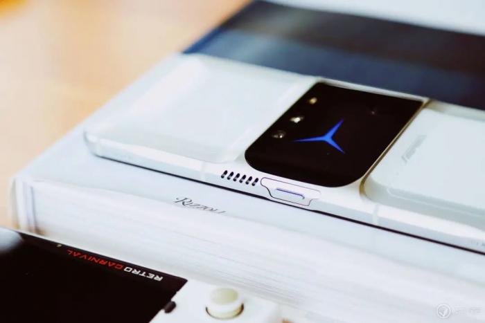 Анонс Lenovo Legion 2 Pro: кто тут лучший среди геймерских мобильников – фото 2