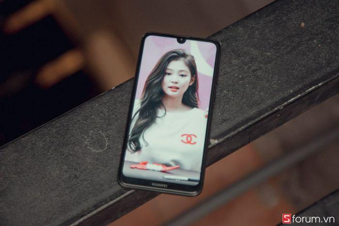 Представлен Huawei Y7 Pro (2019) с большим экраном и емкой батарейкой – фото 2