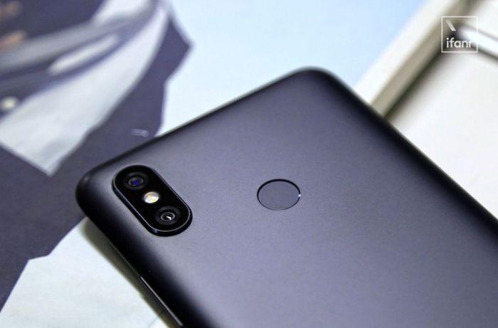 Анонс Xiaomi Mi Max 3: еще больше экрана, камер и миллиампер в батарейке – фото 4
